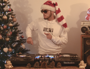 VIDEO // MERRY CHRISTMAS